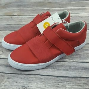 Cat & Jack Big Boys 5 Red Sneakers Easy Close NEW